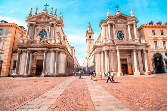 Discover the diversity of Italy in five of the most exciting cities: Rome, Florence, Venice, Milan and Turin.
